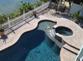 Treasure Island Beautiful Vacation Home, apartment in St. Pete Beach