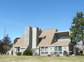 Tamarack Resort Terr 5 (VLD00218), vacation rental in Wisconsin Dells