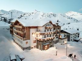 Hotel Alpenland, hotel in Obertauern