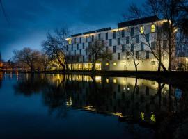 Best Western Plus Lakeside Hotel, hotel Székesfehérváron