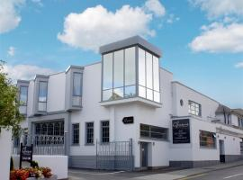 Gleesons Townhouse Booterstown, hotel in Dublin