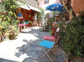 Pazinos Village Studios, hotel near Chania International Airport - CHQ,
