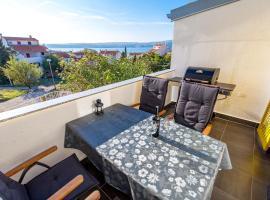 """Apartment """"Santa Lucia"""", hotel near Stinica Ferry Port, Stinica"""