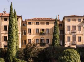 Le 33, hotel conveniente a Bassano del Grappa