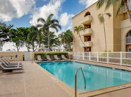 Courtyard by Marriott Fort Lauderdale North/Cypress Creek, hotel near Palm Aire Country Club, Fort Lauderdale