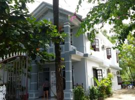 Nguyet Anh Guesthouse, hotel in Lang Co