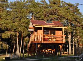 Cabane des Guernazelles, resort village in Valderoure