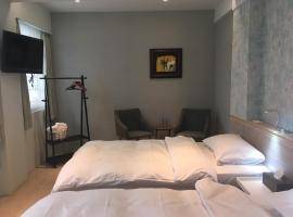 Azure Ocean House 蔚藍海岸遊艇會館,花蓮市的飯店