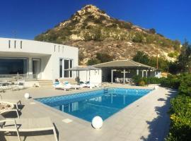 Luxury Villa Melissa, hotel in Ferma