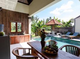 Rendira villa 2, hotel in Ubud