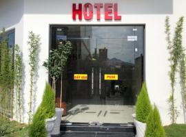 HOÀNG SA HOTEL, khách sạn ở Cam Ranh