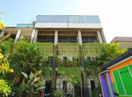 Micost Homestay, guest house in Denpasar