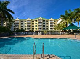 Sunrise Suites Barbados Suite #204, holiday home in Key West