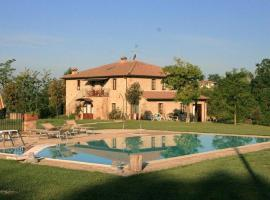 La Casa Del Fattore, hotel in Monteriggioni