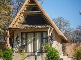 Thamalakane River Lodge, cabin in Maun