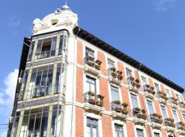 Leon Hostel, hostel in León