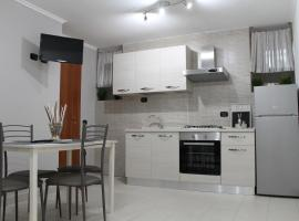 Dea House Airport, apartment in Naples