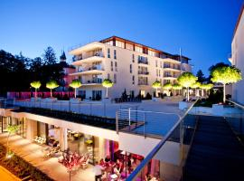 Lake's - My Lake Hotel & Spa, hotel with pools in Pörtschach am Wörthersee