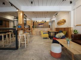 Surf Hostel, hostel in Ao Nang Beach