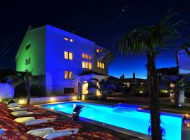 Apartments Bracic Spa, spa hotel in Sukošan