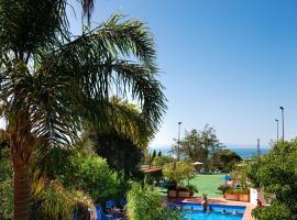 Comfort Hotel Gardenia Sorrento Coast, hotel near Piazza Lauro, Sorrento