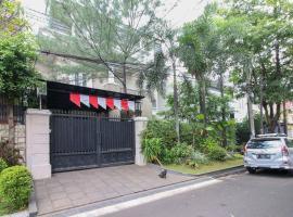 KoolKost Syariah near Pondok Indah Mall (Minimum stay 6 Nights), homestay di Jakarta