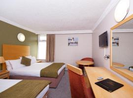 Treacys West County Conference and Leisure Centre, hotel in Ennis