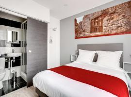 Paris Hotel, hotel near Mairie de Clichy Metro Station, Clichy