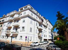 Split Apartments Peric, hotel in Split