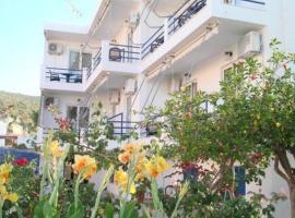 Akrogiali, hotel in Skala