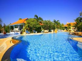 Aochalong Villa Resort & Spa, hotel in Chalong