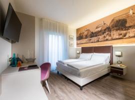 Hotel Casa Costiera, hotel poblíž významného místa Madonna dell'Angelo Sanctuary, Caorle