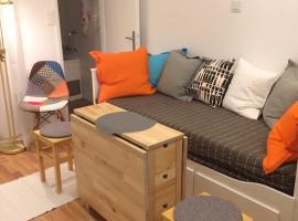 VERY CLOSE Studio Apartment, apartment in Zagreb