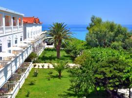 Belussi Beach Hotel, hotel in Kipseli