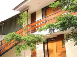Bamboe Inn Homestay, hotel in Bandar Lampung
