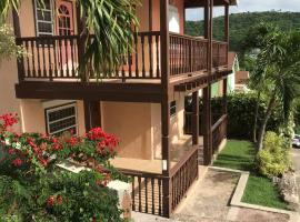 Trilogy Villas, villa in English Harbour Town