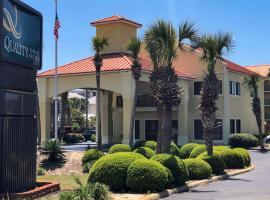 Quality Inn & Suites Miramar Beach, hotel en Destin