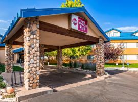 Best Western Plus Eagle Lodge & Suites، فندق في إيجل