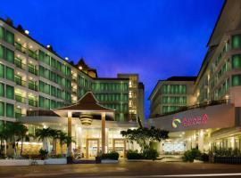 アイヤラ グランド ホテル、パタヤ・サウスのホテル