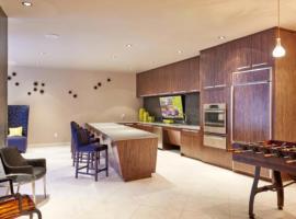 Midtown Luxury/Main Street Wonder, apartment in Houston