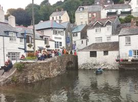 The House on the Props, pet-friendly hotel in Polperro