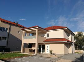 Apartment Mateja, hotel in Mandre
