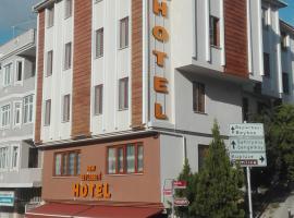 NEW BEYLERBEYİ HOTEL, hotel near 15 July Martyrs Bridge, Istanbul