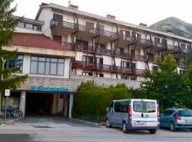Residence Il Cristallo, hotel in Ovindoli