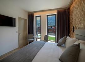Lifestyle Room Binario Zero, hotel in Tirano