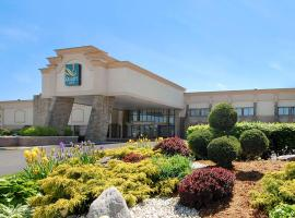 Quality Inn and Conference Center Somerset, hotel in Somerset