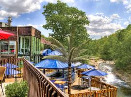 The Woodlands Inn, Ascend Hotel Collection, pet-friendly hotel in Wilkes-Barre