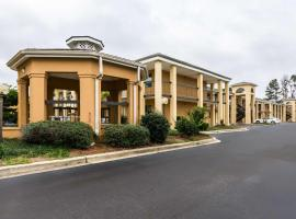 Suburban Extended Stay Hotel Florence, hotel in Florence