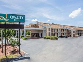 Quality Inn Fort Jackson, hotel in Columbia