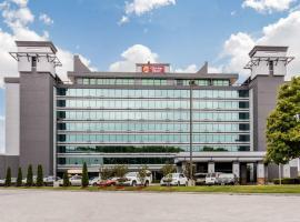 Clarion Hotel Downtown Nashville - Stadium, hotel near Bridgestone Arena, Nashville